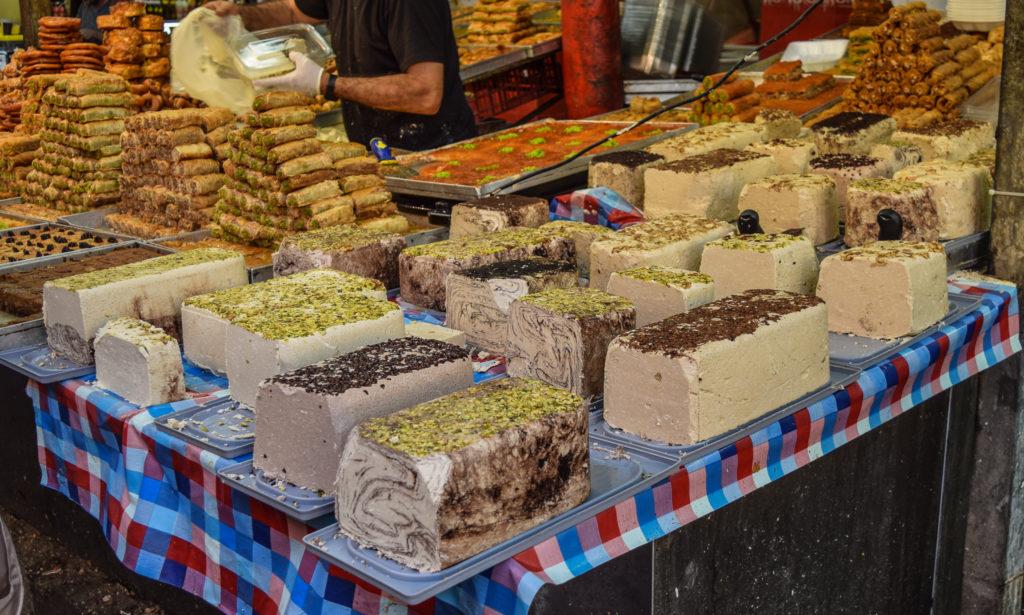 Co zjeść w Izraelu - Chałwa