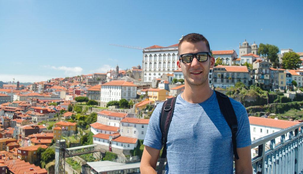 Widok na Porto - Popstrykane Podróże