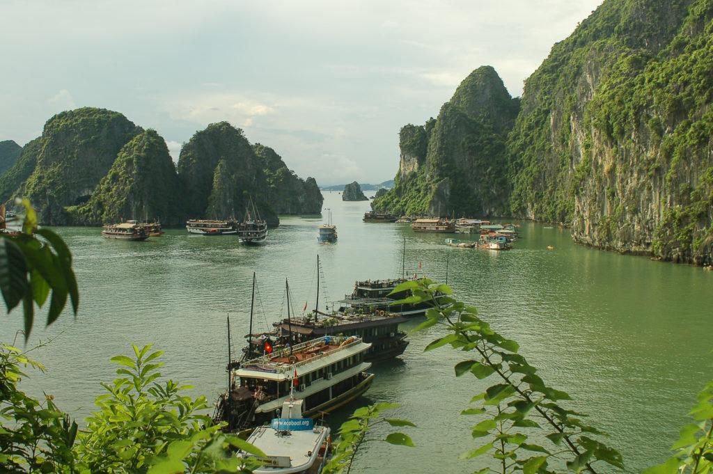 Zatoka HaLong bay