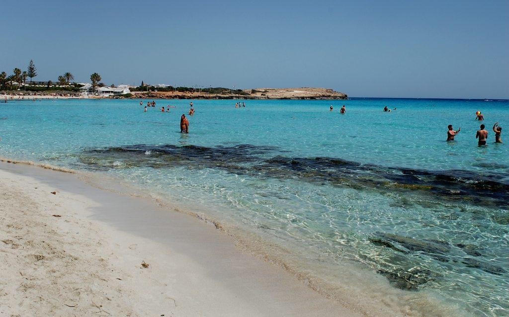 Nisii Beach