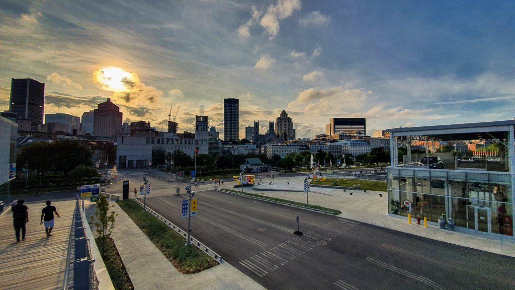 Grand Quai Montreal - Co zobaczyć w Montrealu