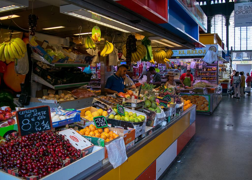 zwiedzanie malagi mercado de atarazanas